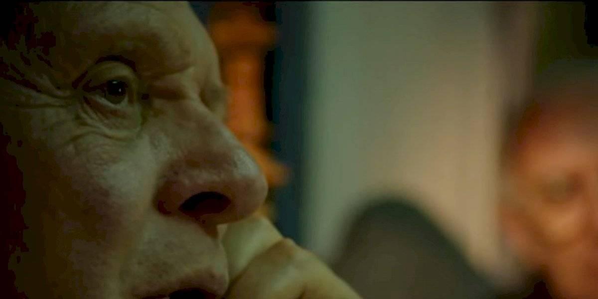 """Un calco: Anthony Hopkins se muestra como Benedicto XVI en tráiler de """"Los dos papas"""""""