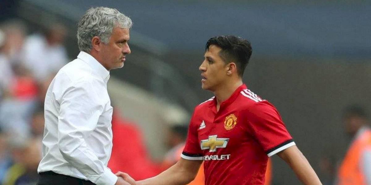 Nunca le dijo Alexis: El extraño trato que José Mourinho le habría dado a Sánchez en Manchester United