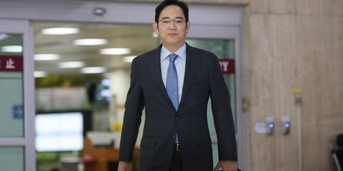 Alto ejecutivo de Samsung en serios problemas por escándalo de corrupción que involucra caballos
