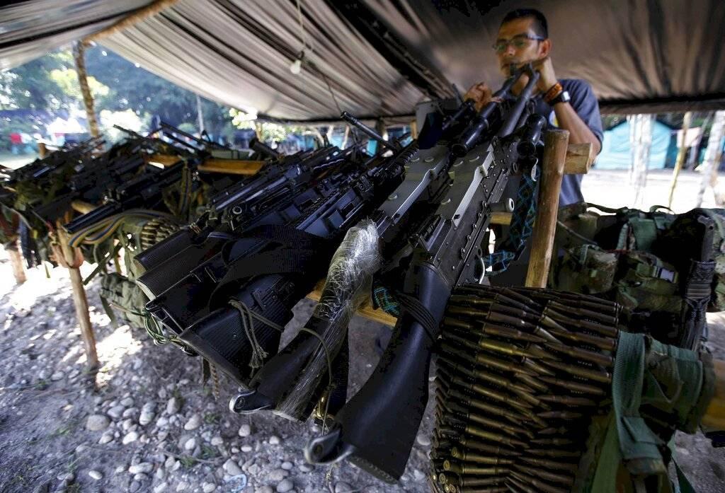 Militantes de las FARC retoman las armas