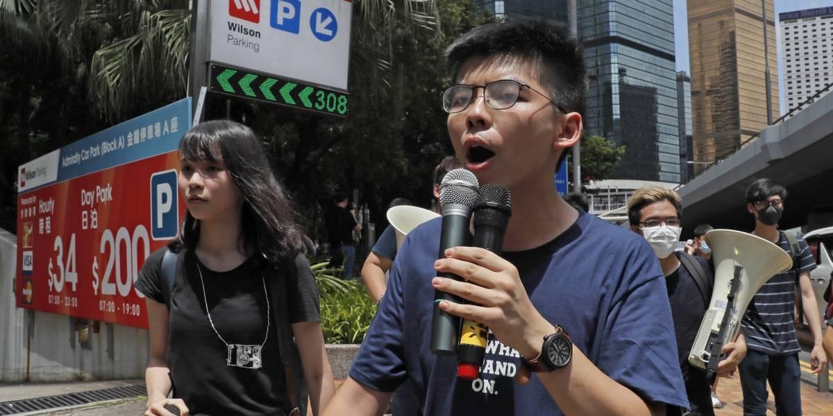 """""""No detendremos nuestra lucha"""": detienen a manifestantes por la democracia en Hong Kong mientras crece la tensión contra China"""