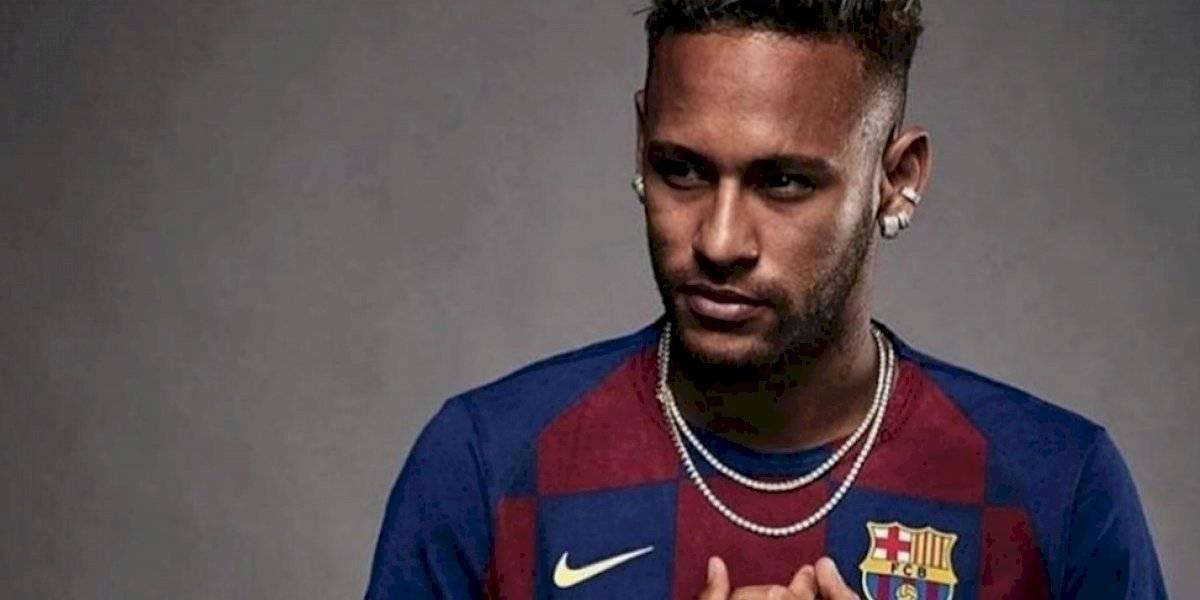 Tremendo fail: Filtran imagen de Neymar con la nueva camiseta del Barcelona