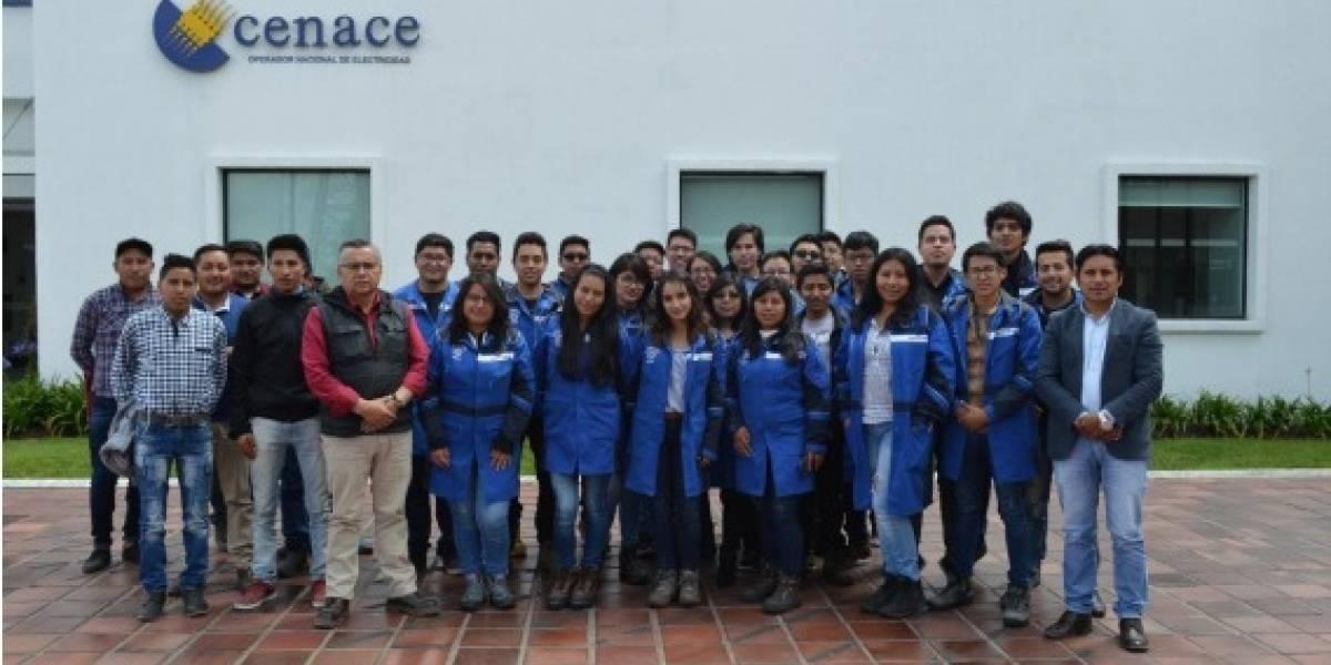 Más de 300 estudiantes afianzan sus conocimientos en CENACE