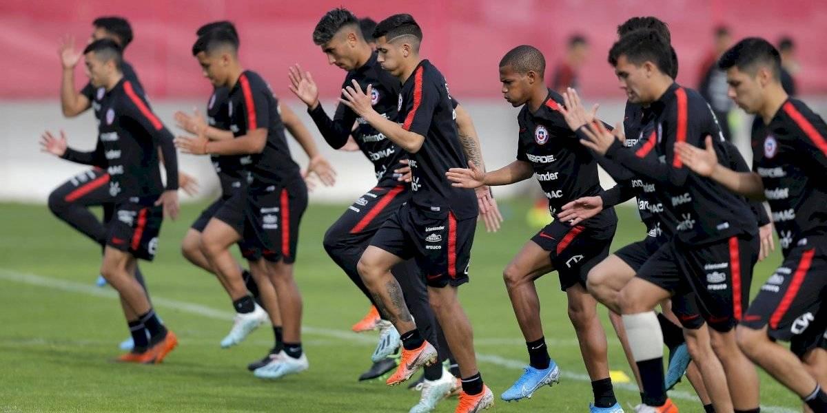 Bernardo Redín entrega la nómina Sub 23 de Chile con Victor Dávila y Ángelo Araos a la cabeza