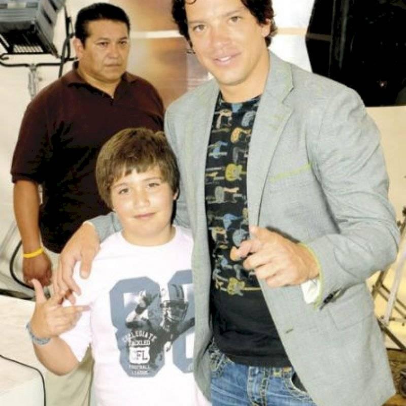 Yahir y su hijo Tristan