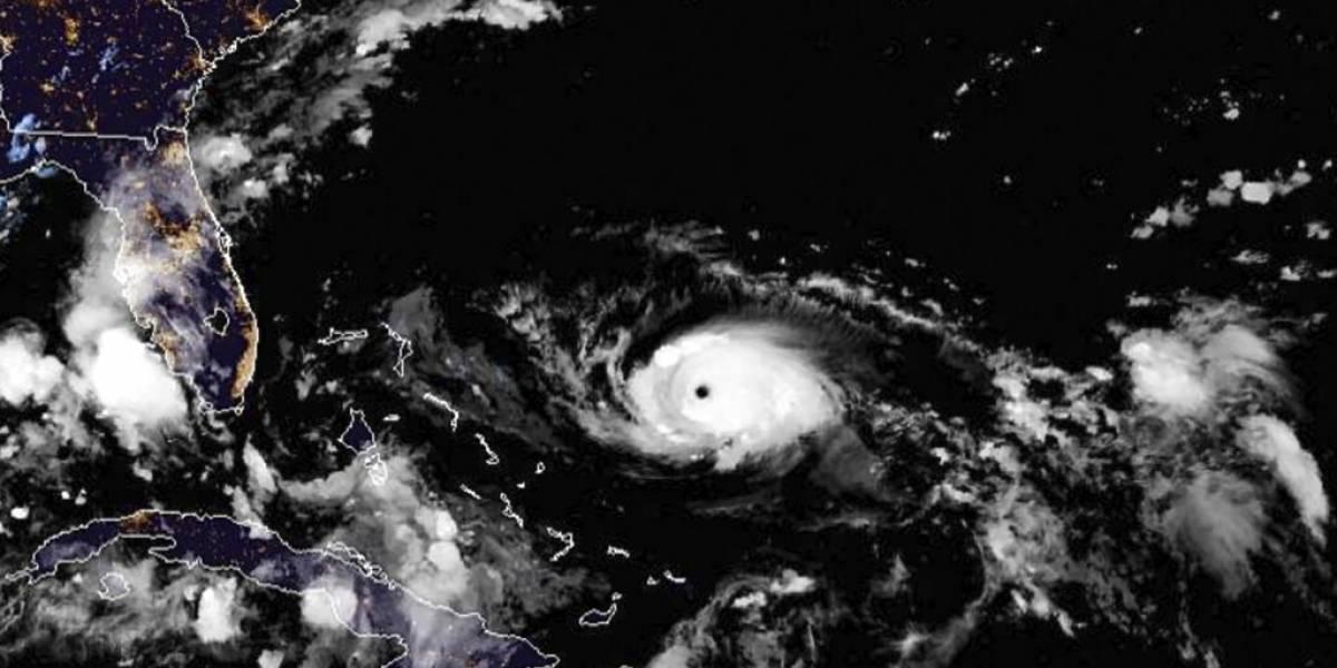 """El """"monstruo"""" cambió de rumbo: huracán Dorian modifica su trayectoria y alertan que su paso """"va a ser bastante aterrador"""""""