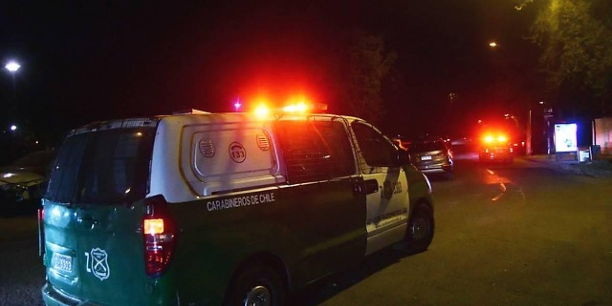 Joven de 29 años muere atropellada por camioneta en Las Condes: conductor se dio a la fuga