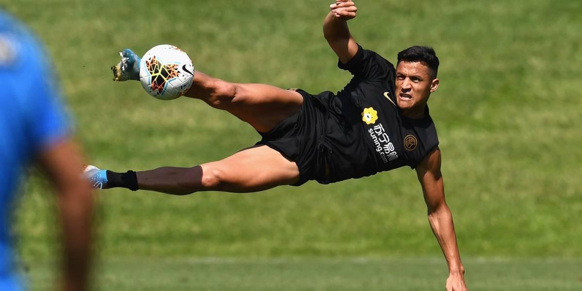 """Antonio Conte confirma que Alexis Sánchez fue citado en el Inter: """"Va a ir con nosotros a Cagliari"""""""