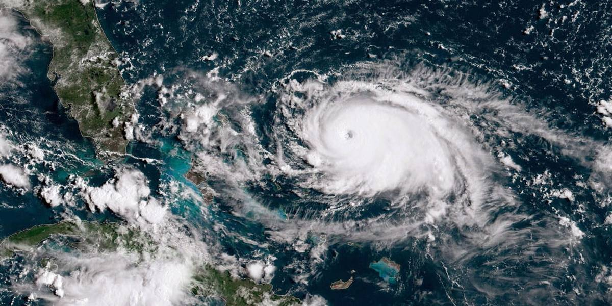 Furacão Dorian chega às Bahamas com categoria 5