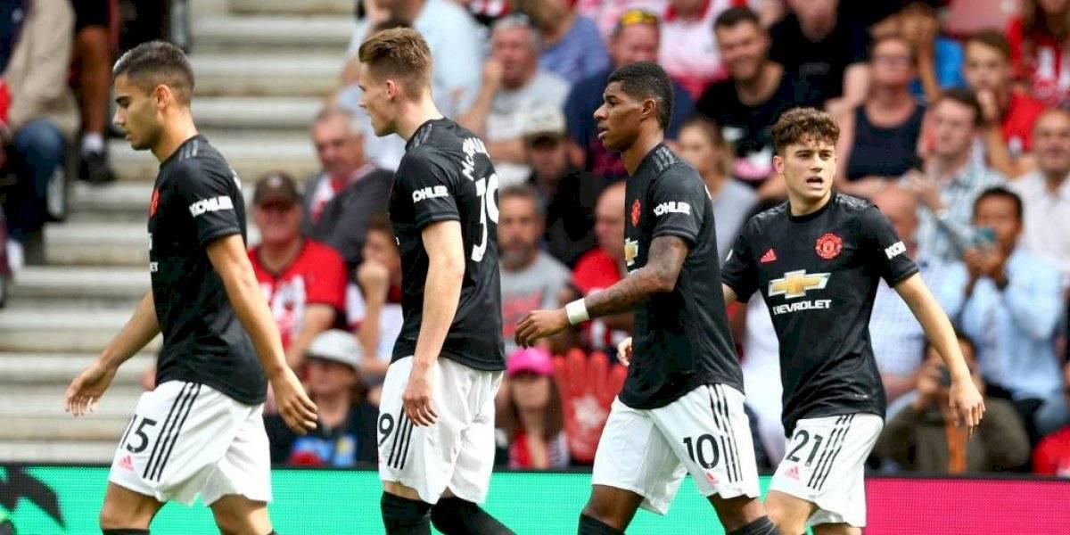Lo mejor fue irse: Manchester United sigue a los tumbos y apenas logra un empate tras la partida de Alexis