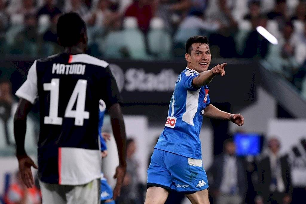 Hirving Lozano anota con el Napoli
