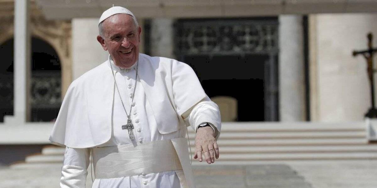 Rescatan al papa Francisco en ascensor del Vaticano