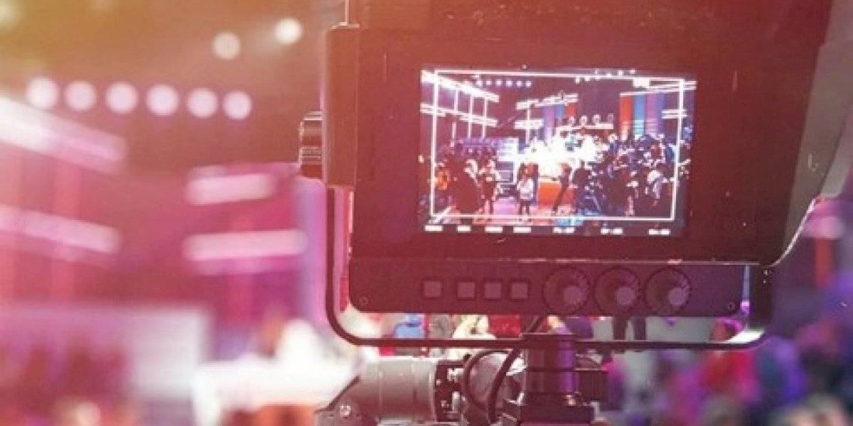 """Un duro golpe: asistente de cámara de """"Rojo"""" falleció tras sufrir accidente en Doñihue"""
