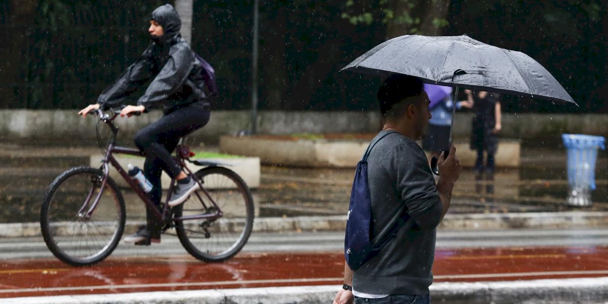 Previsão do Tempo: sábado terá chuvisco e temperaturas amenas