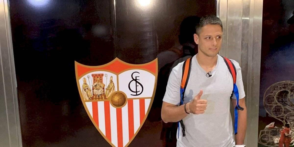 Chicharito Hernández ya está en Sevilla