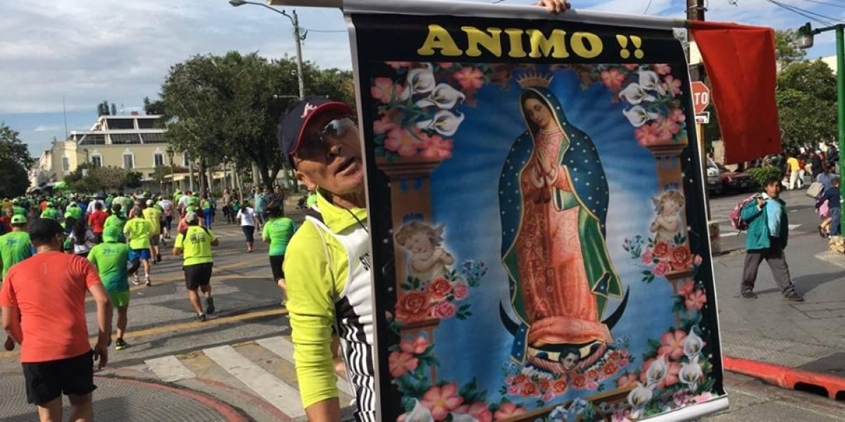 VIDEO. La devoción que anima a los corredores en la 21K de Guatemala