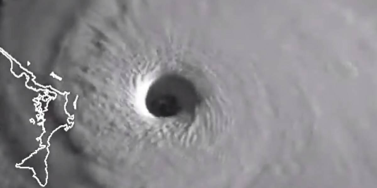 Impactante video satelital muestra el ojo del huracán Dorian cerca de Bahamas