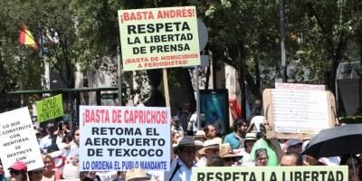 Marcha anti-AMLO