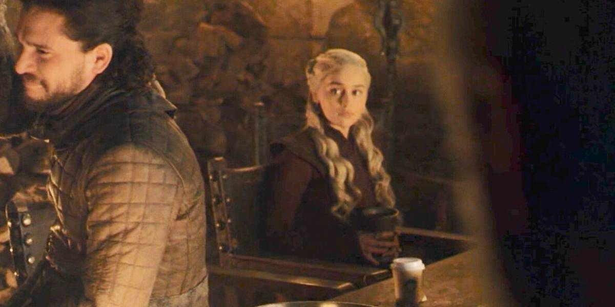 """Creadores de """"Game of Thrones"""" sobre el polémico vaso de café: """"Para nosotros ese fue nuestro error"""""""