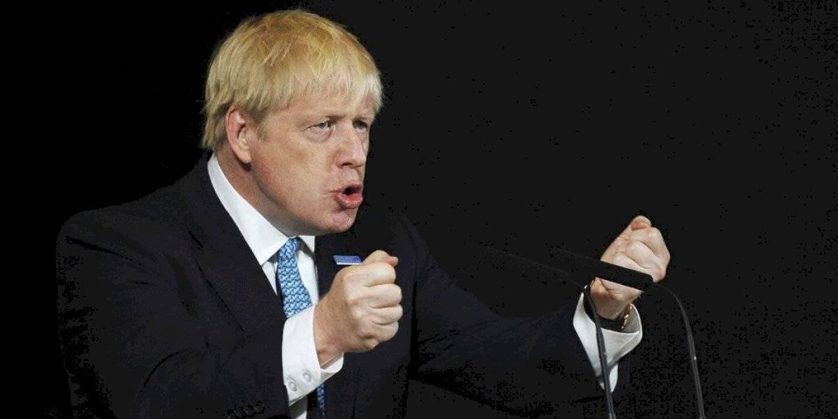 Primer ministro británico Boris Johnson amenaza con expulsar a conservadores que se opongan al Brexit sin acuerdo