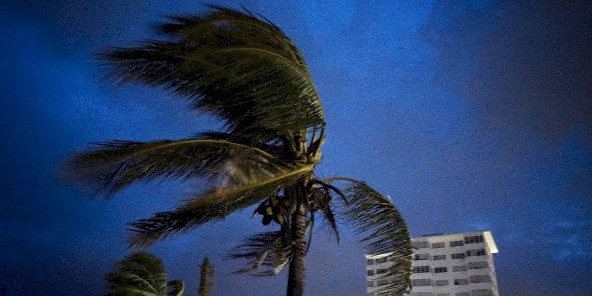 Huracán Dorian sigue azotando el norte de Bahamas