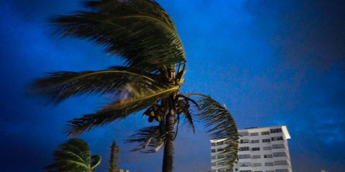 Huracán Dorian deja al menos 5 muertos e inundaciones en las Bahamas