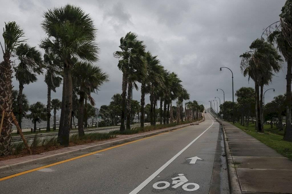 Florida espera la llegada del huracán Dorian