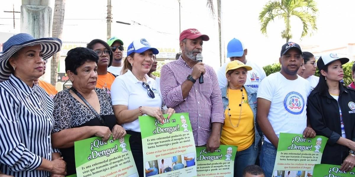 Ministro de Trabajo encabeza jornada contra el dengue en la provincia Monseñor Nouel