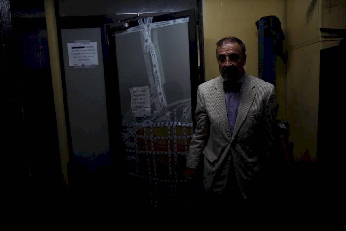 """""""Fue una captura prematura"""", dice Linares Beltranena tras reunirse con Sandra Torres en tribunales"""