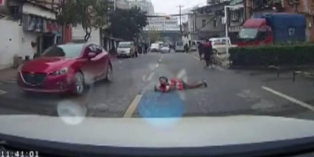 Cámaras en el auto exhiben a personas que fingen accidentes para reclamar seguro