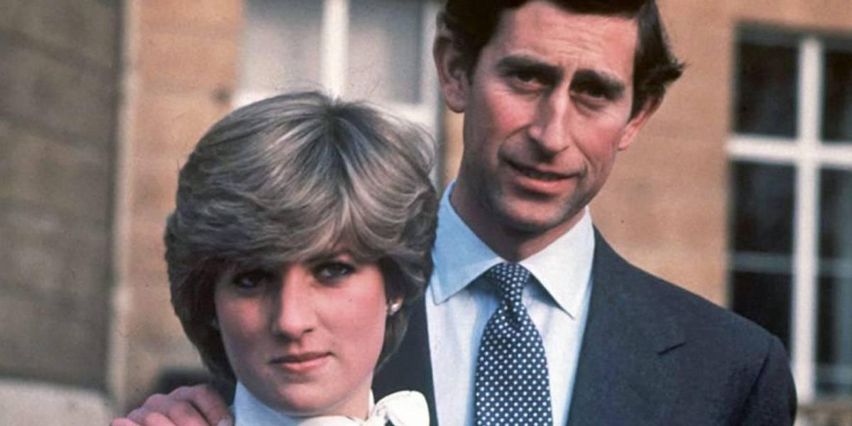 Así fue la verdadera reacción del príncipe Carlos a la muerte de la princesa Diana