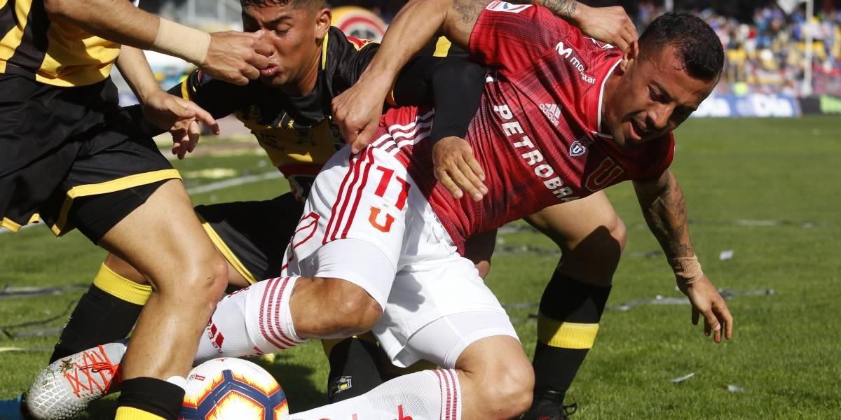 ¿Opción para Leo Fernández? Ubilla podría estar un mes fuera de la U por lesión en su rodilla