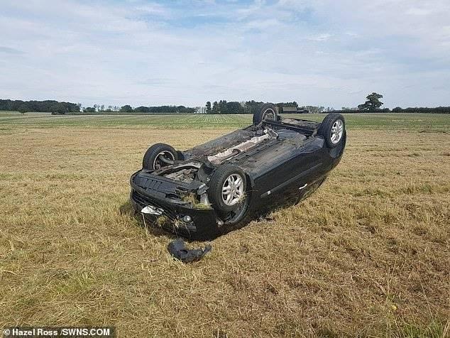 Joven aprueba examen de manejo tras accidente.