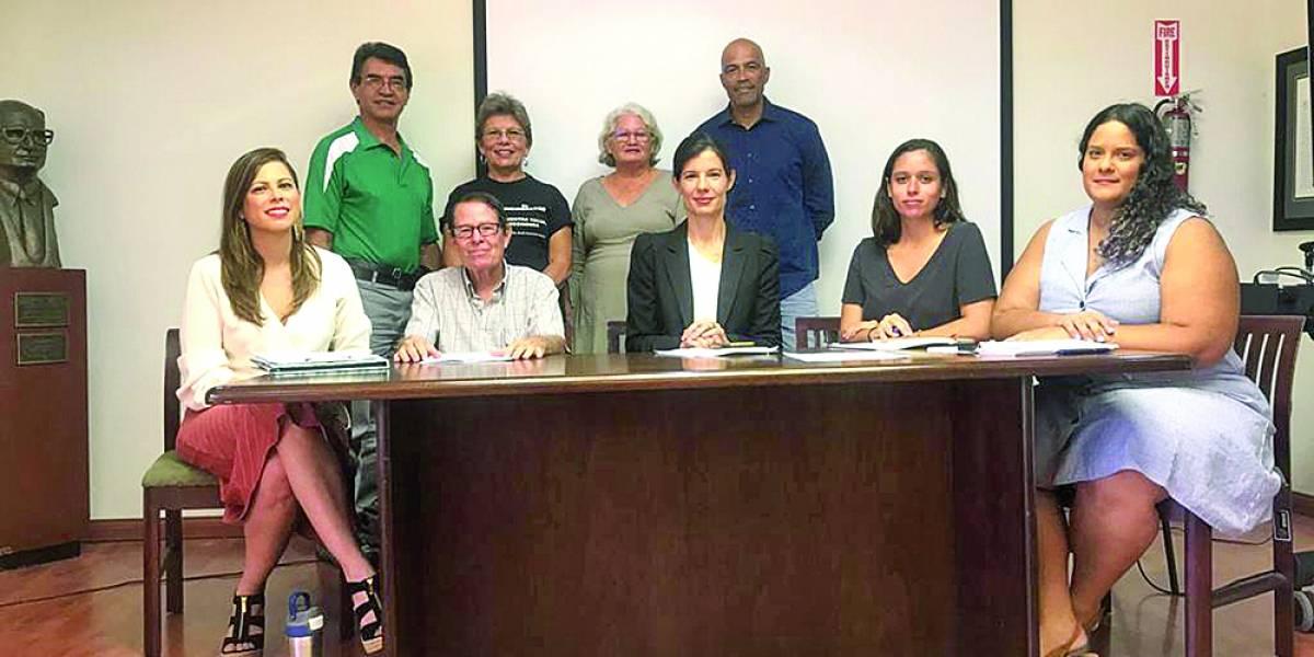 Organizaciones señalan peligro del futuro en el sistema eléctrico de la isla