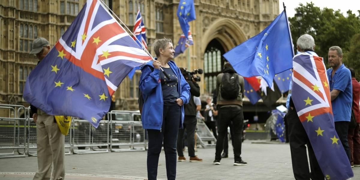 Parlamento británico afronta día clave para el Brexit
