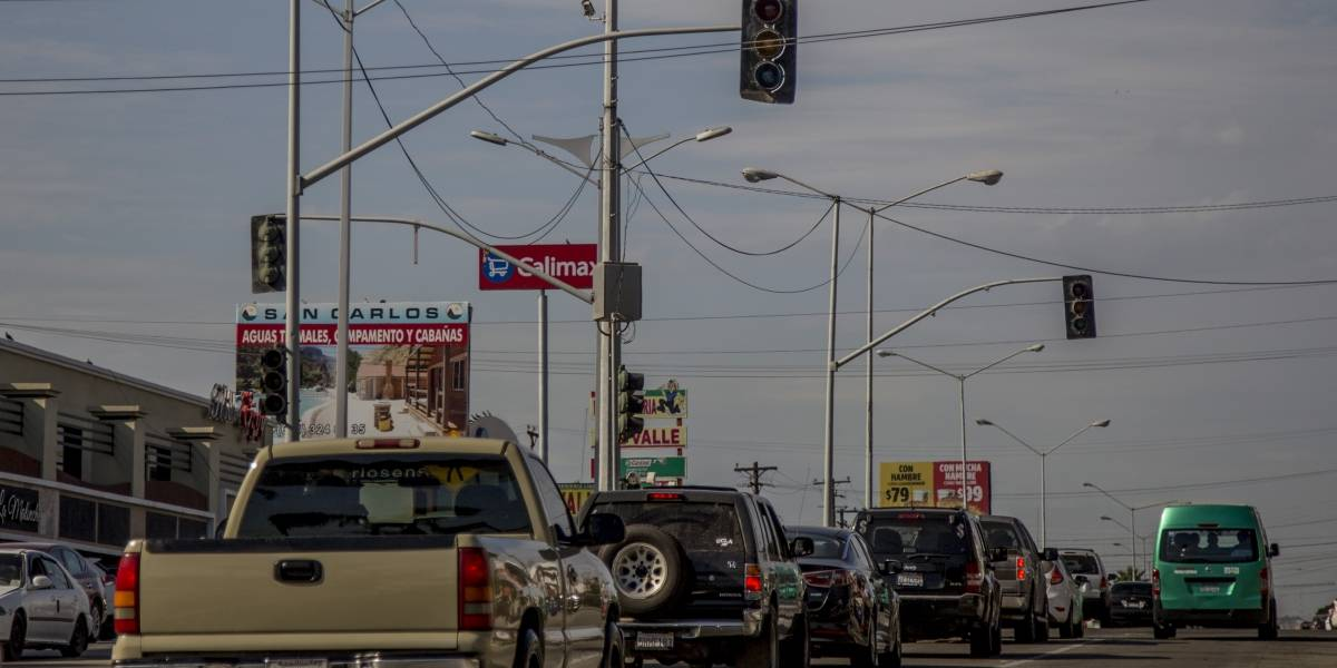 """Mega apagón"" dejó sin luz a casi 300 mil usuarios en Baja California"