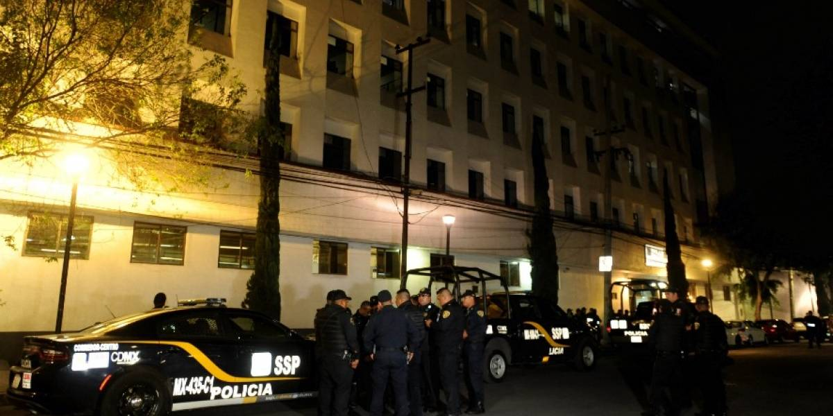 Mexicanos esperan hasta 4 horas para ser atendidos en el Ministerio Público