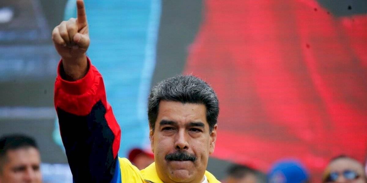 """Maduro ordena ejercicios militares en frontera con Colombia por """"agresión"""" hacia Venezuela"""