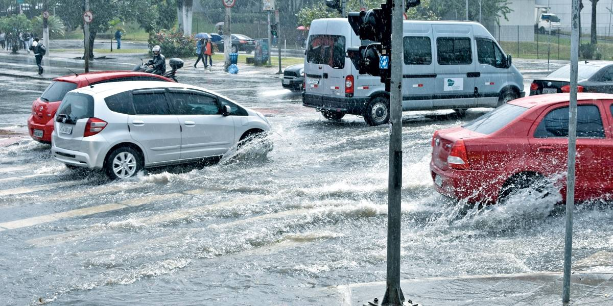 CGE decreta estado de atenção para alagamento nas zonas leste, sul, sudeste e marginal Pinheiros