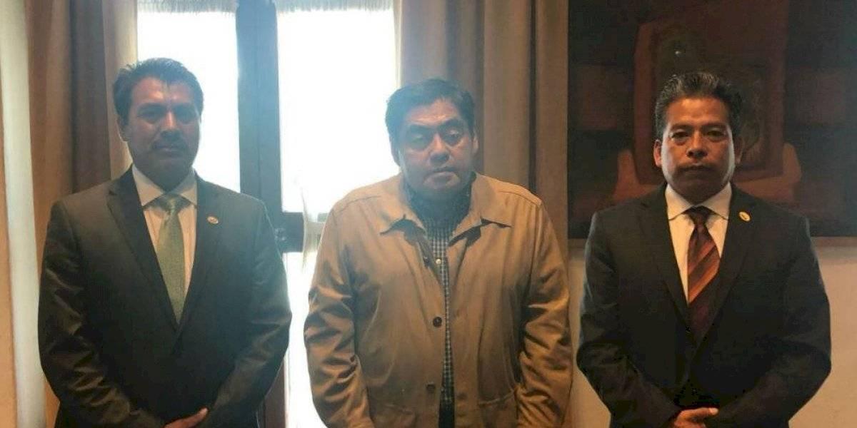 Con diálogo, Barbosa y Conatram lograron suspender marcha de transportistas en Puebla