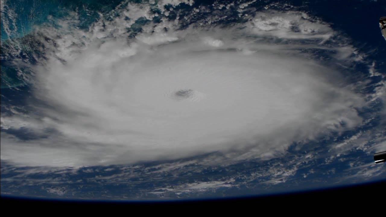 La NASA publica impresionante imagen del huracán Dorian vista desde el espacio