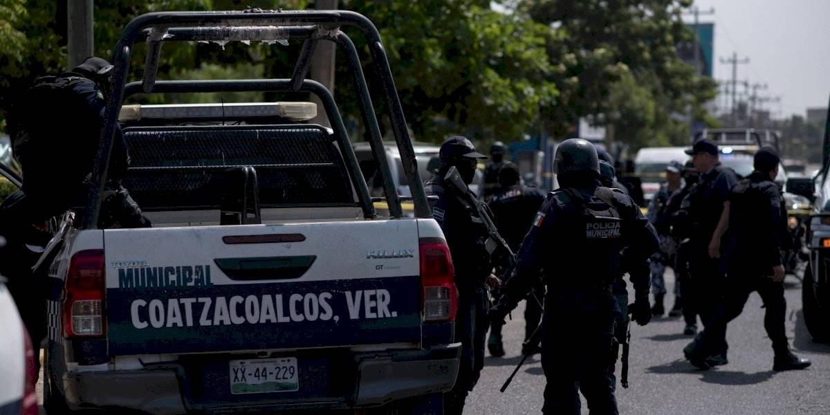 Depuración de policías estatales y municipales no es plan nacional: AMLO