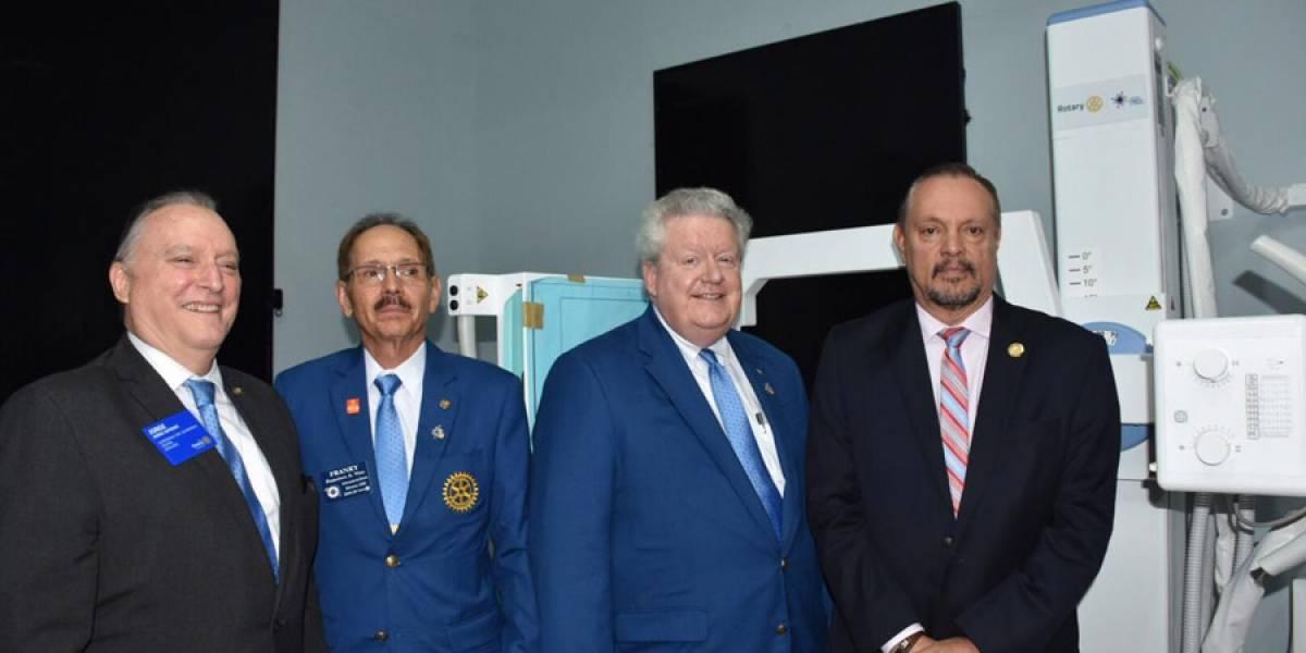 Rotary International realiza donación de equipo de rayos X digital