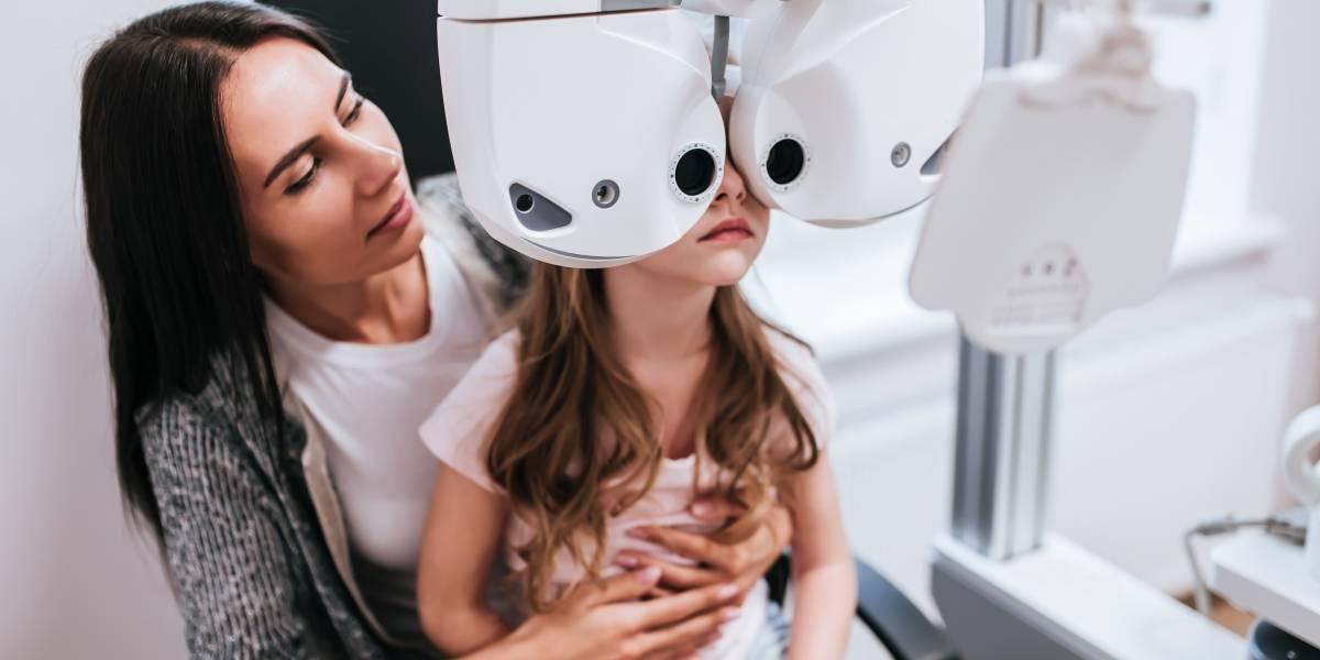 Controles visuales previos al inicio de clases influyen en el buen desempeño escolar de los estudiantes