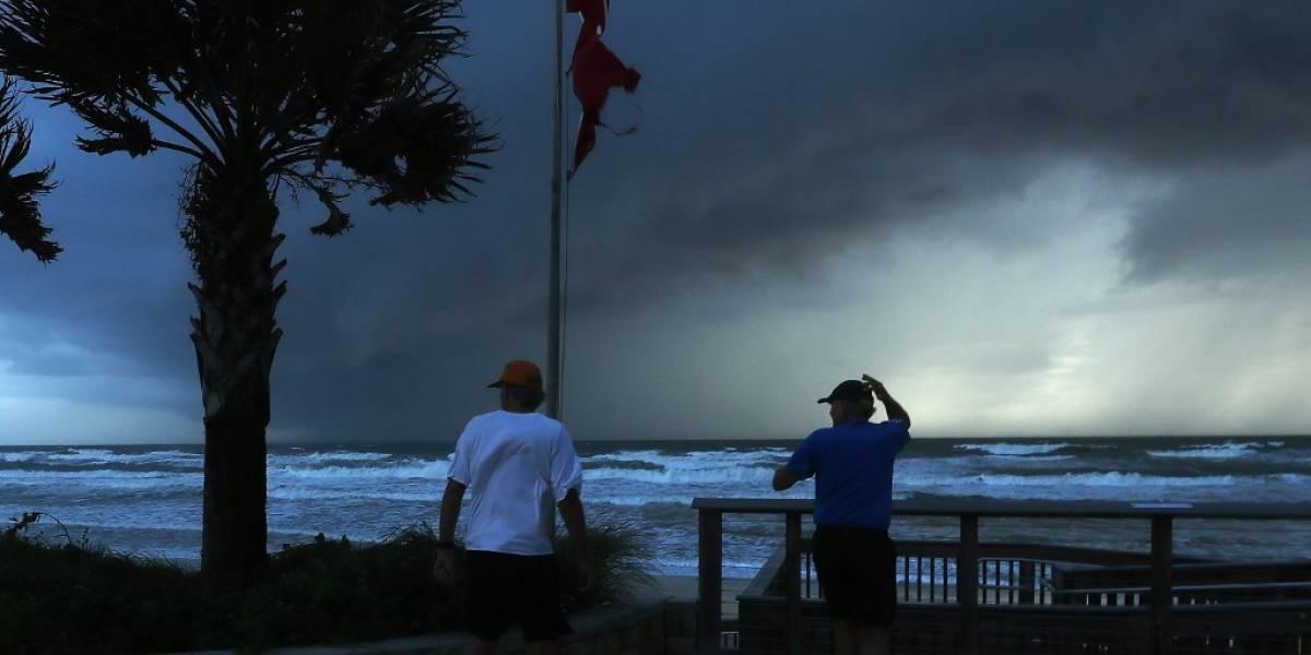 Estados Unidos evacúa sus costas a la espera del huracán Dorian