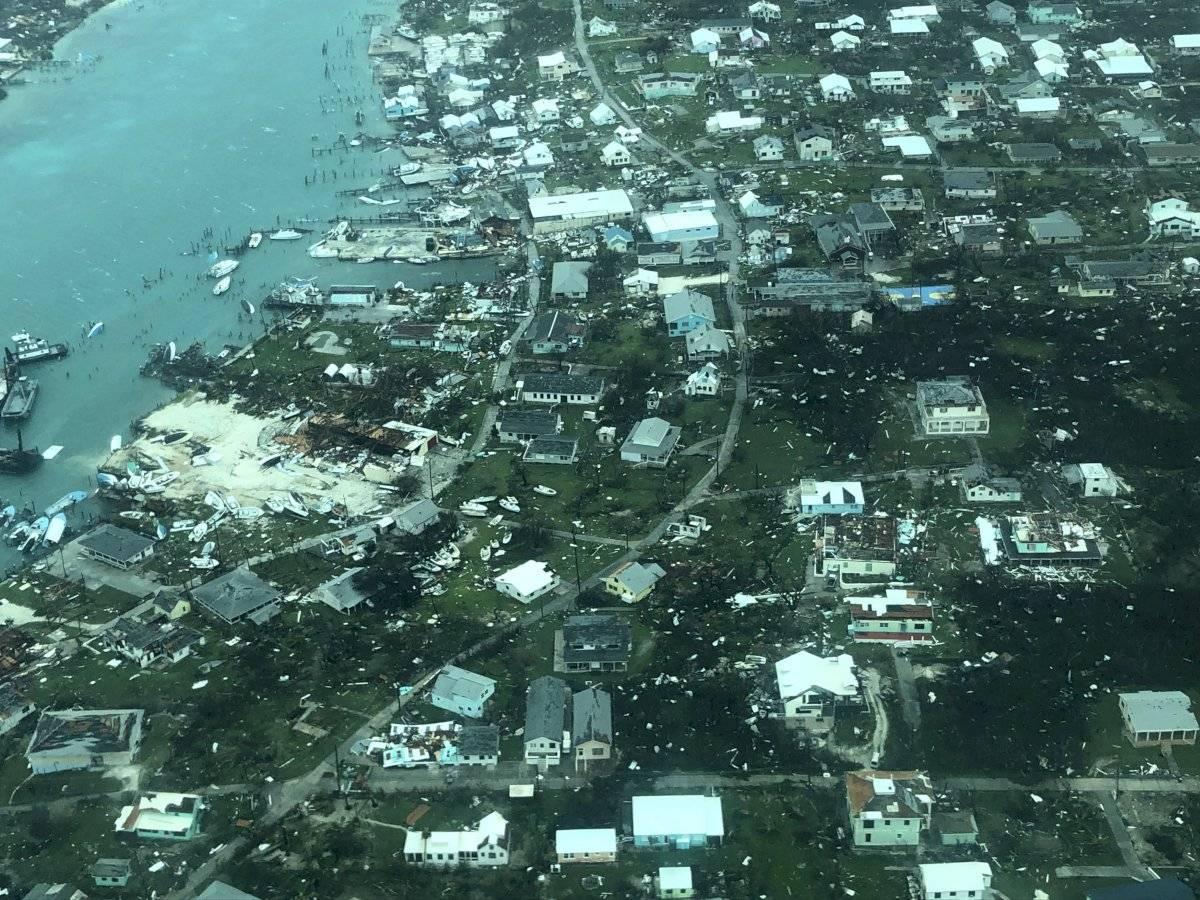 Una imagen aérea proporcionada por Medic Corps muestra la destrucción provocada por el huracán Dorian en Cayo Man-o-War, Bahamas, el martes 3 de septiembre de 2019.