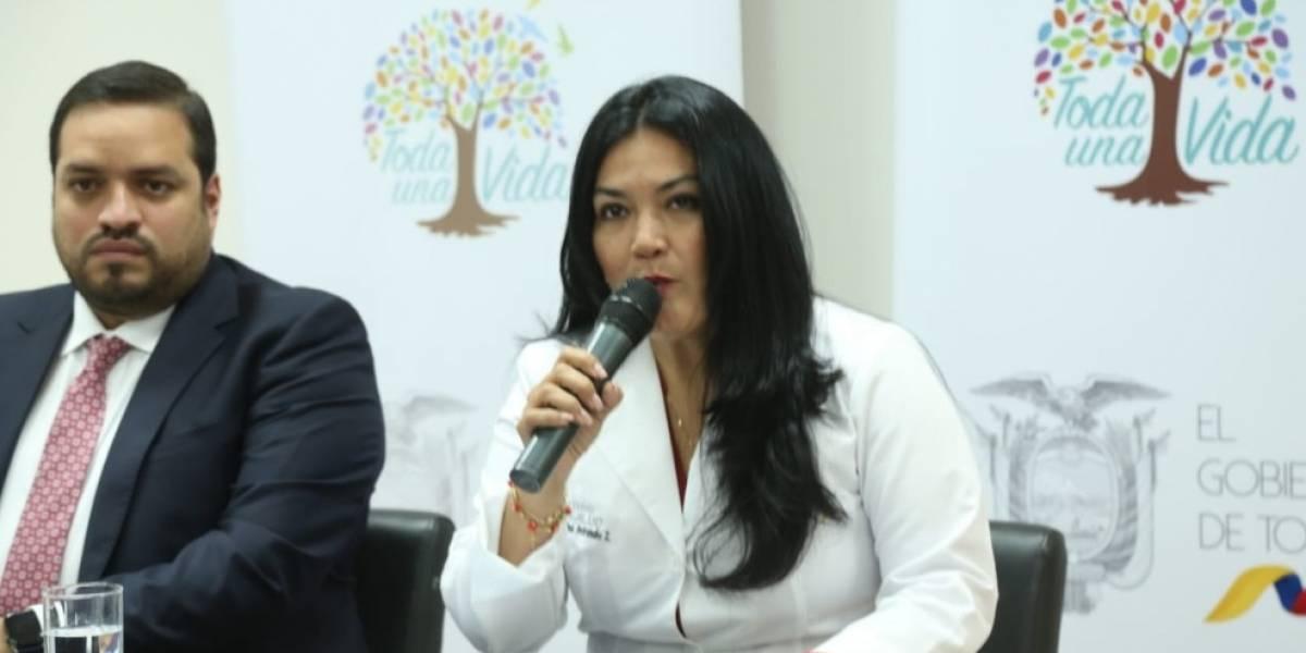Ministra de Salud anuncia que se reformará Acuerdo Interministerial sobre estipendio de internos rotativos