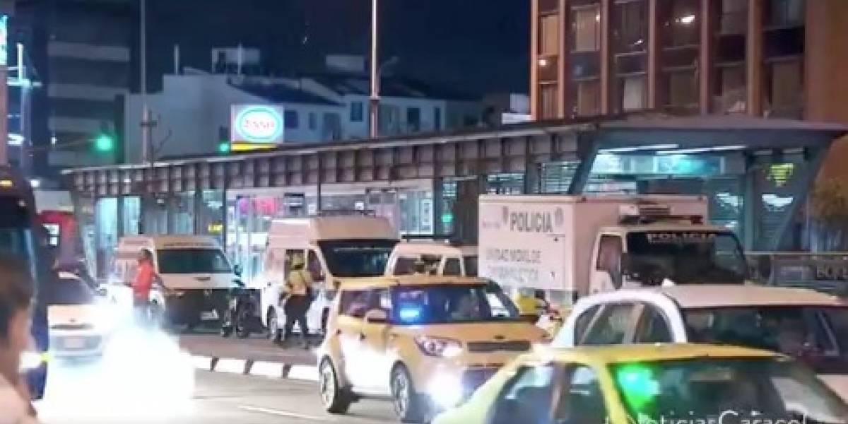 Joven murió arrollado por un bus de TransMilenio al intentar colarse al sistema