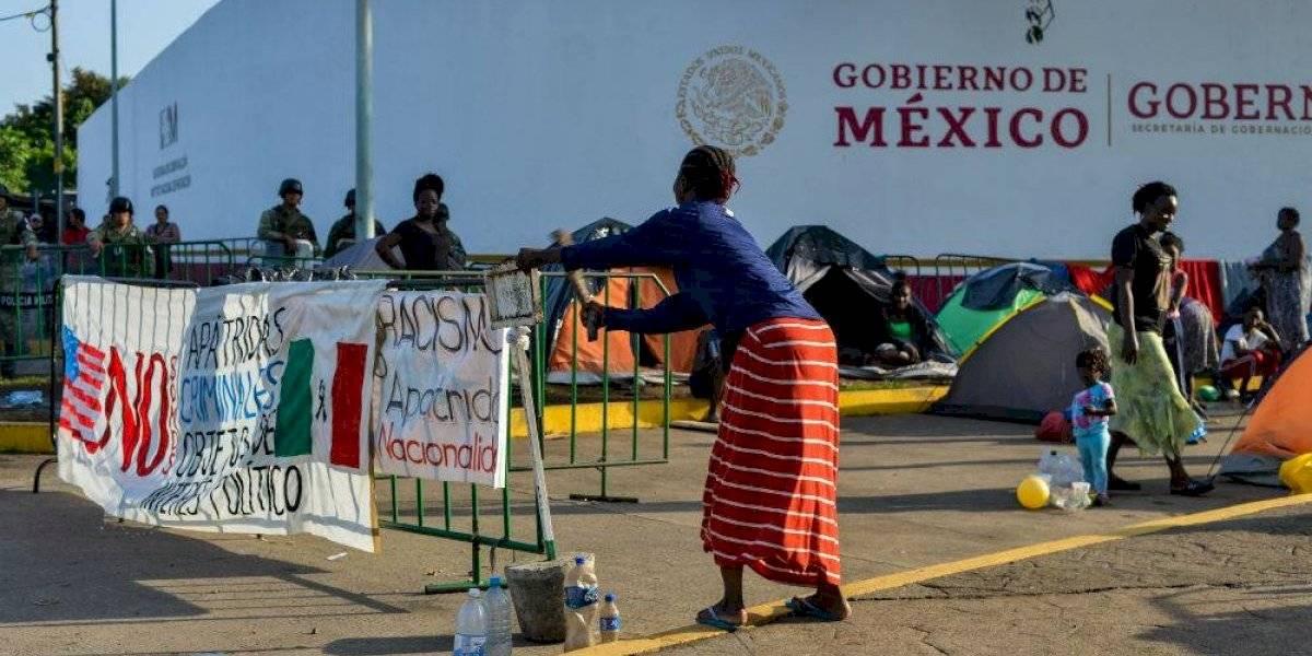 Por segunda ocasión, migrantes africanos destrozan módulo del INM en Chiapas