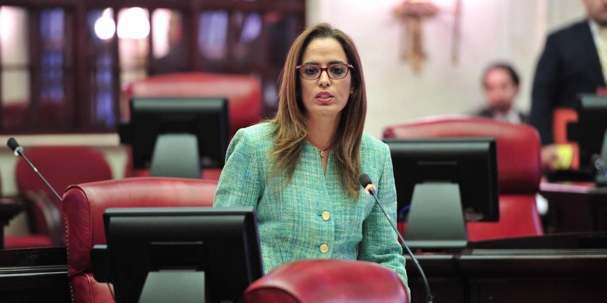 Senadora truena contra contrato de $636 mil en Manejo de Emergencias